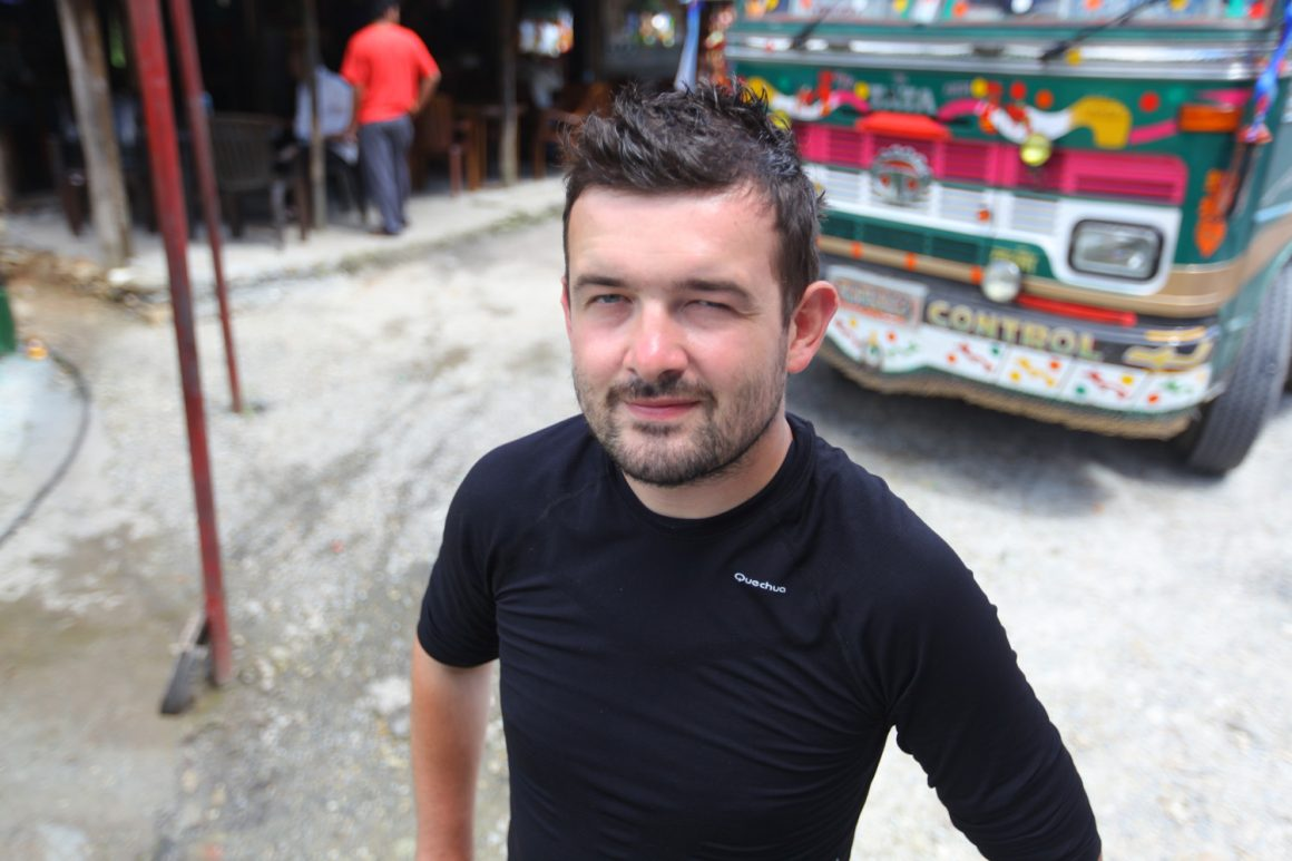 bus Pokhara Jomson
