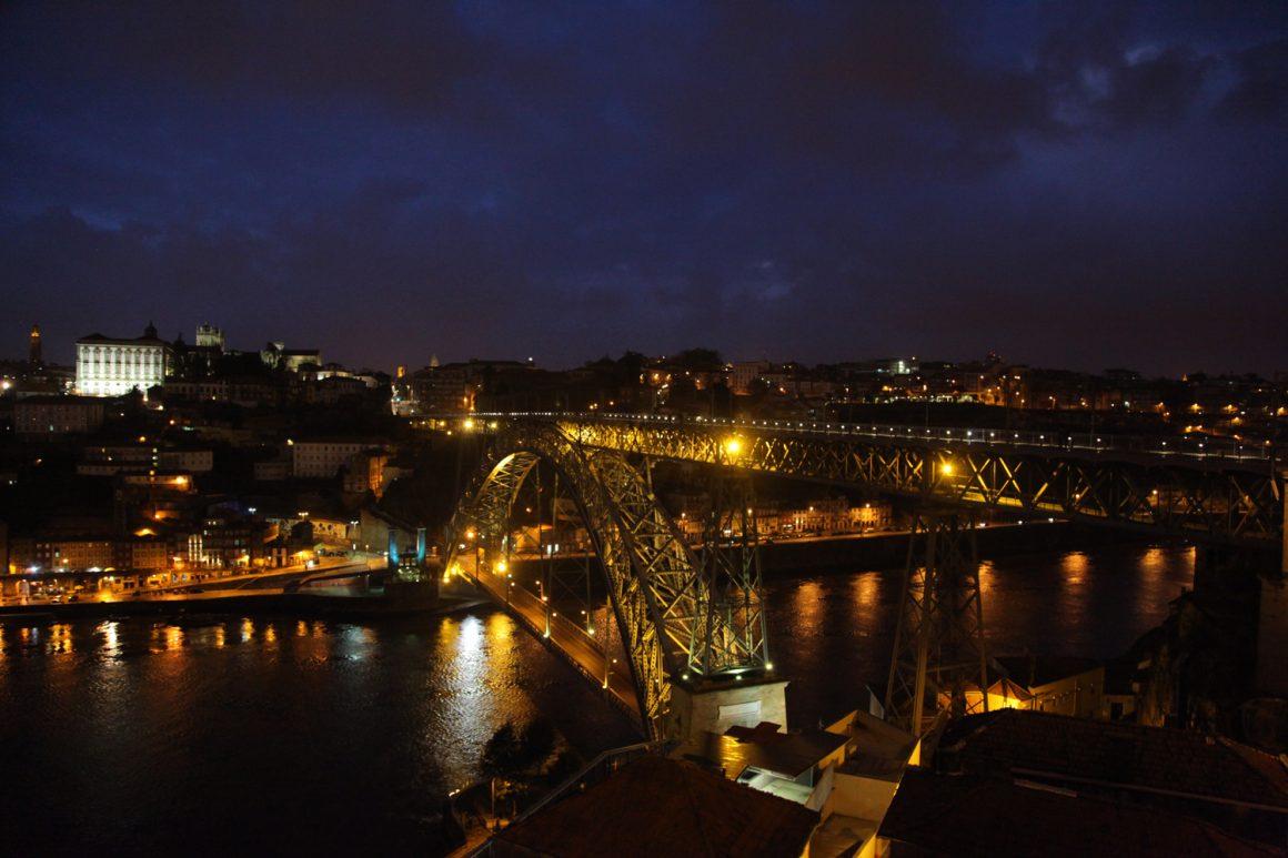 Porto de nuit pont Louis I Visiter Porto