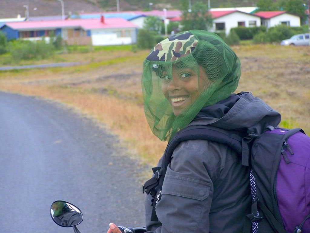 Islande à vélo : Lac Myvatn moustiques moucherons protection