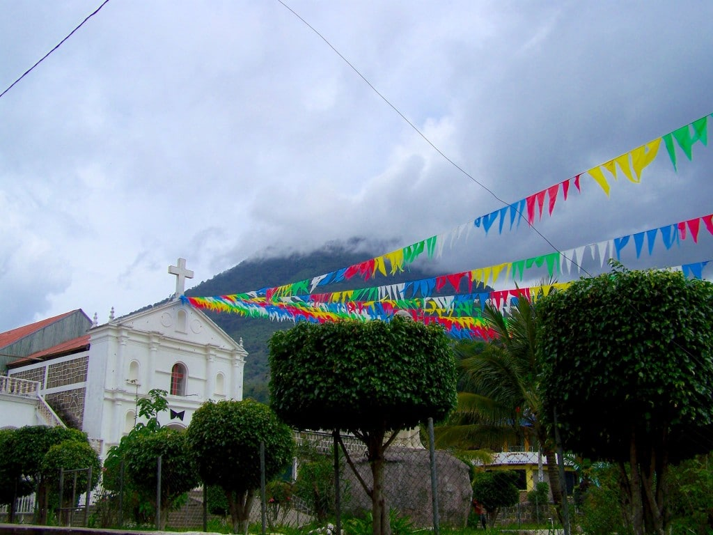 eglise lac Atitlán guatemala