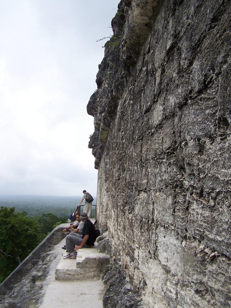 sommet temple Tikal guatemala
