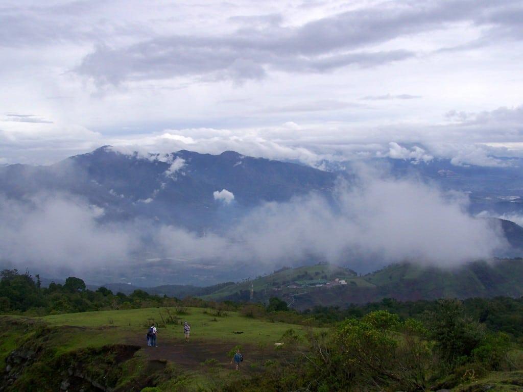 vue volcan Antigua guatemala