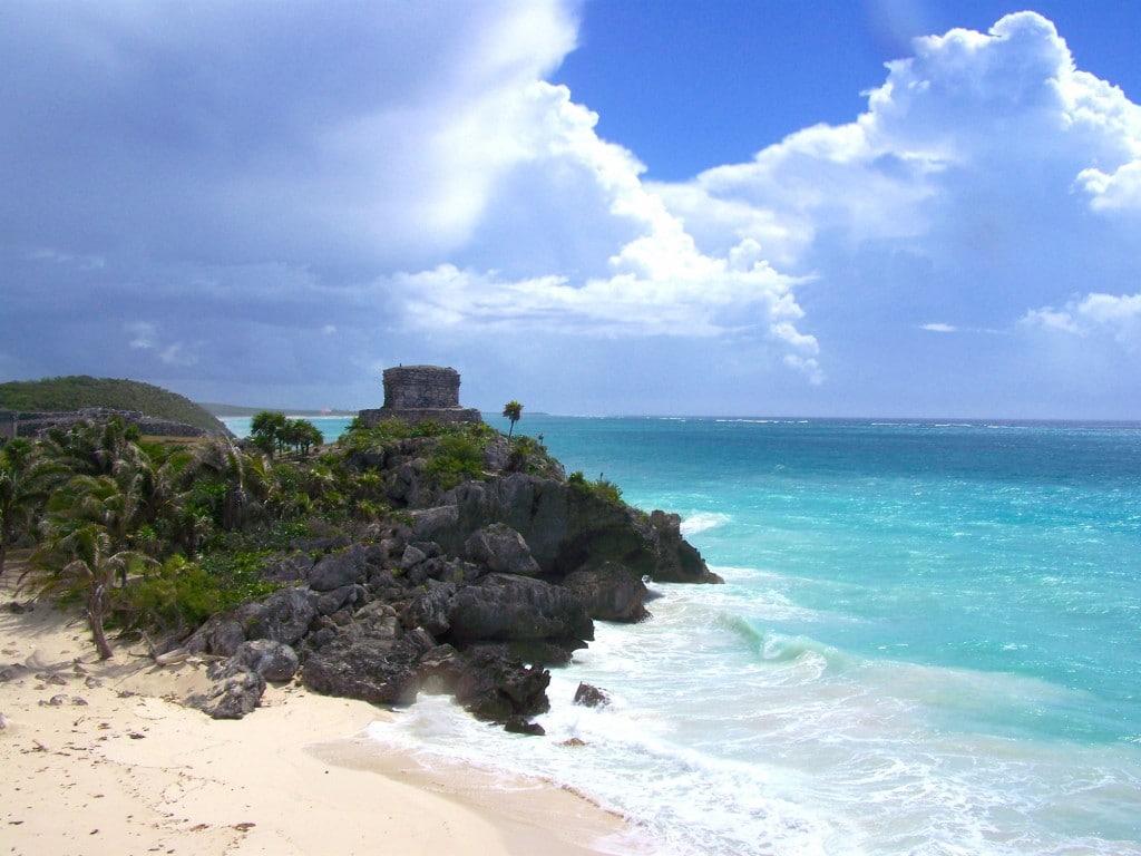 temple tulum mer mexique