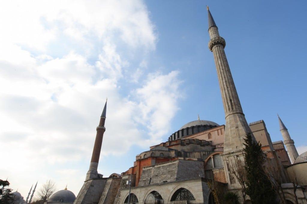 Istanbul : basilique Sainte Sophie vue de l'extérieur