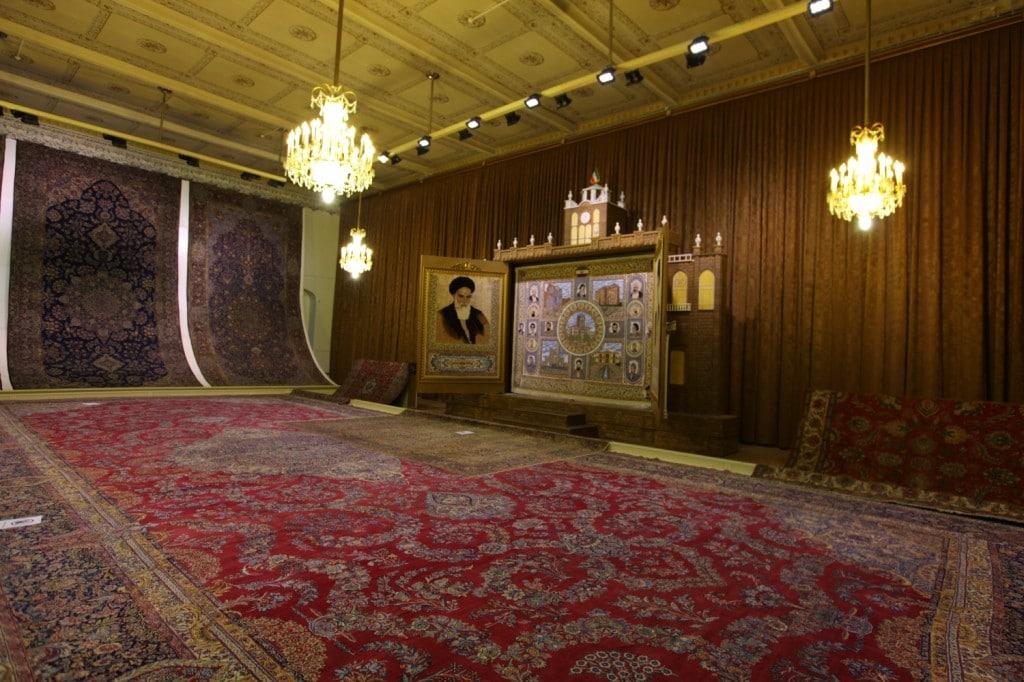 Tabriz est une ville célèbre pour les tapis