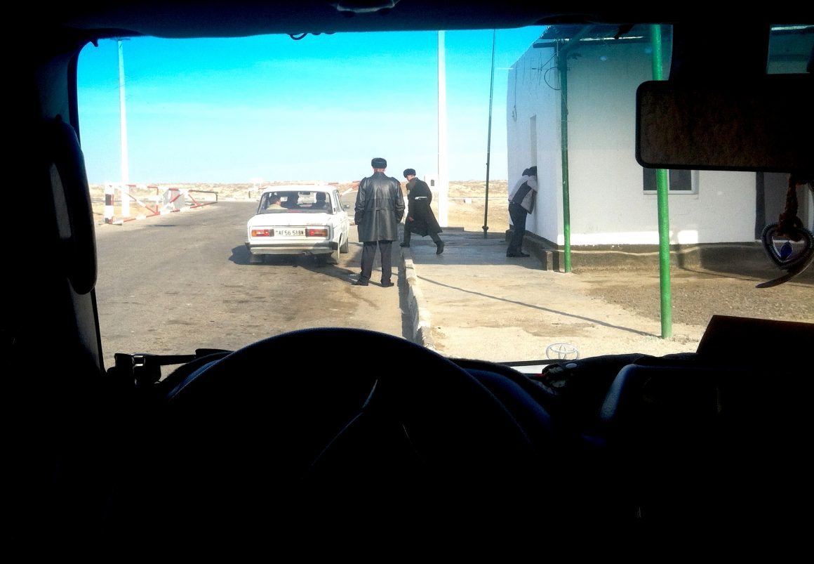 Visiter le Turkménistan frontière