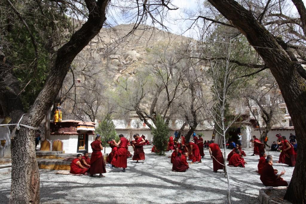 joute oratoire moine Tibet