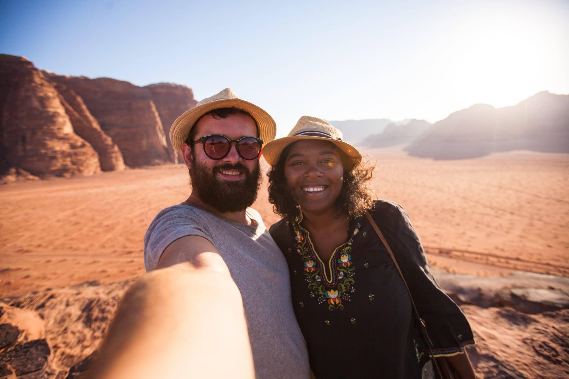 clo et clem wadi rum selfie